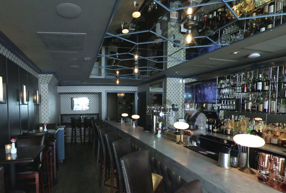 Black Hound Bar & Lounge